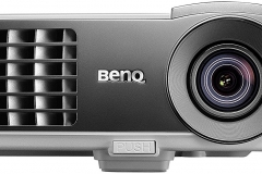 BenQ W1070+ 3D Beamer Front