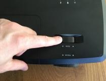 Optoma H114 DLP-Projektor-zoom