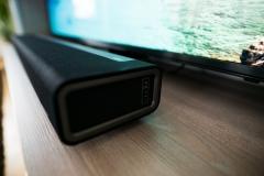 Sonos PLAYBAR Soundbar vor Fernseher