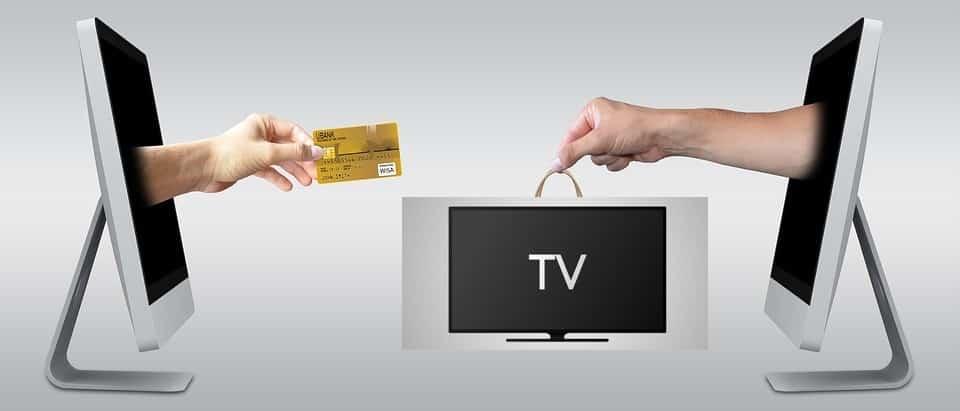 Fernseher auf Rechnung kaufen: Diese Shops bieten Kauf auf Rechnung