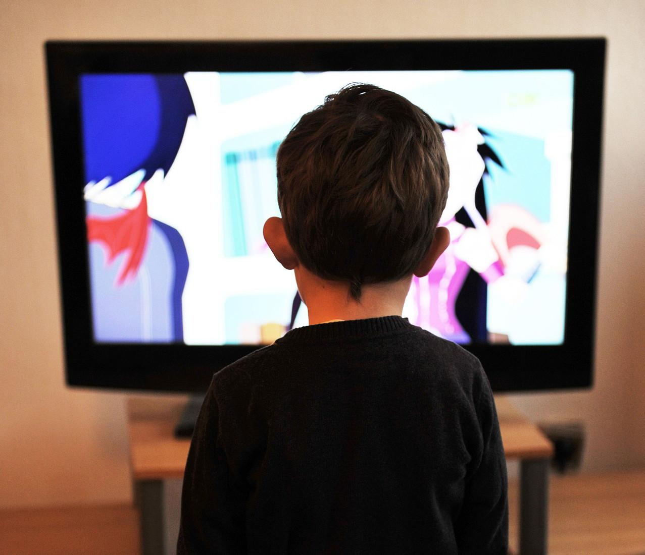 optimalen betrachtungsabstand beim tv berechnen hifi. Black Bedroom Furniture Sets. Home Design Ideas